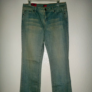 NWT Juniors Basic Boot Cut Jeans Personal Identity